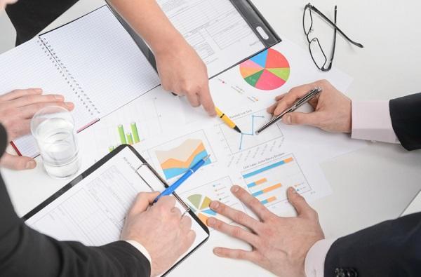 350c772df1a Бизнес-план магазина одежды  пример готового плана с расчетами